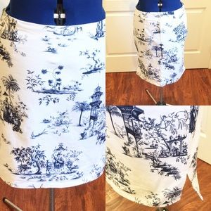NYCC White with blue Asian print pencil skirt.